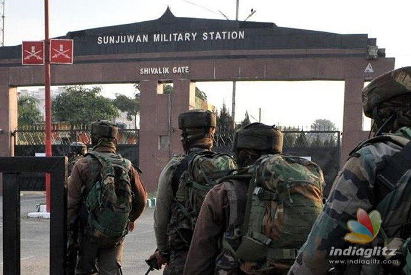 Two soldiers, two terrorists killed in terror attack on Sunjuwan Military Station