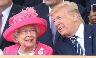 Trump Talks of 'Automatic Chemistry' with Queen Elizabeth