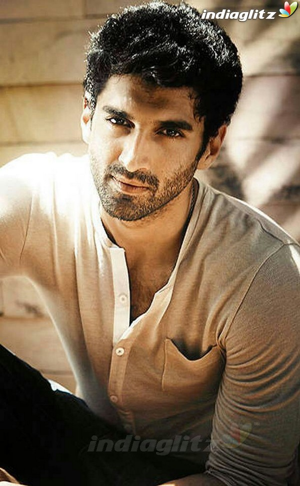 Aditya Roy Kapoor Wallpapers
