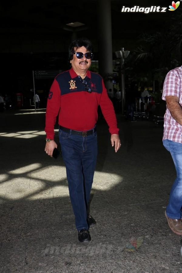 Pankaj Udhas Spotted at Airport