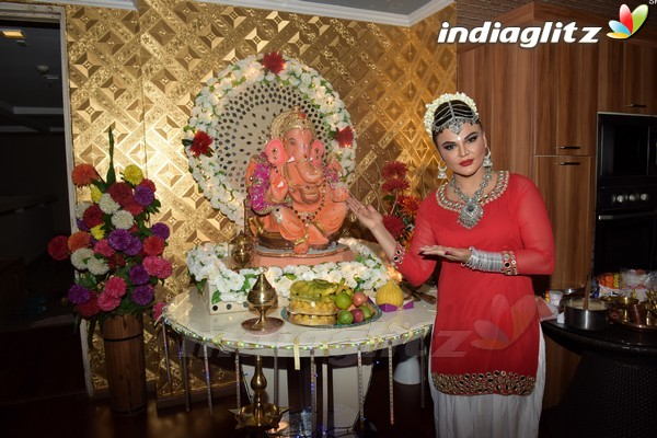 Rakhi Sawant Celebrates Ganesh Chaturthi Festival 2017 at Home