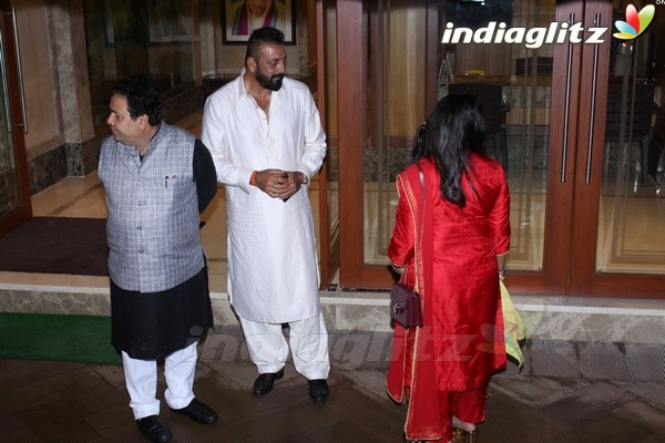 Sanjay Dutt Celebrates Ganesh Chaturthi With 'Bhoomi' Team
