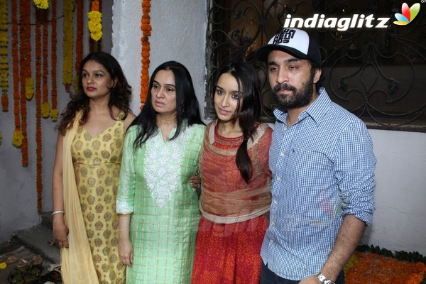 Shraddha Kapoor Celebrates Ganesh Chaturthi With Family at Home