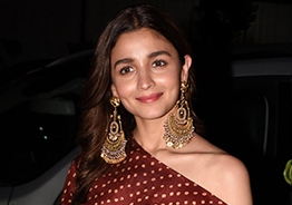 Alia Bhatt Opens Up On Kangana Ranaut's