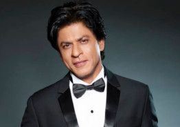 Watch How Shah Rukh Khan Sets An Impossible 'Sui Dhaaga' Challenge Record!