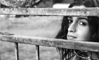 Ranbir Kapoor's Pic Of Alia Bhatt Gets Mum's Thumbs Up