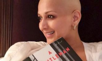 Even During Cancer Treatment, The One Habit That Sonali Bendre Could Not Stop!