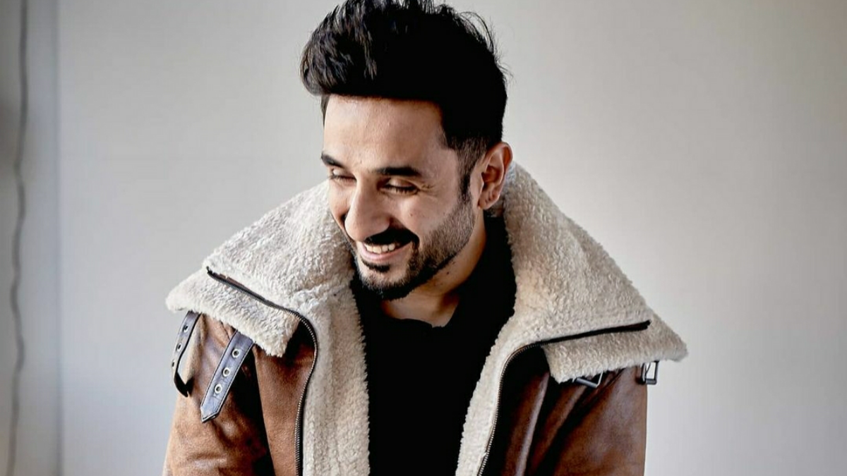 Vir Das calls out dozens of celebs with just one statement