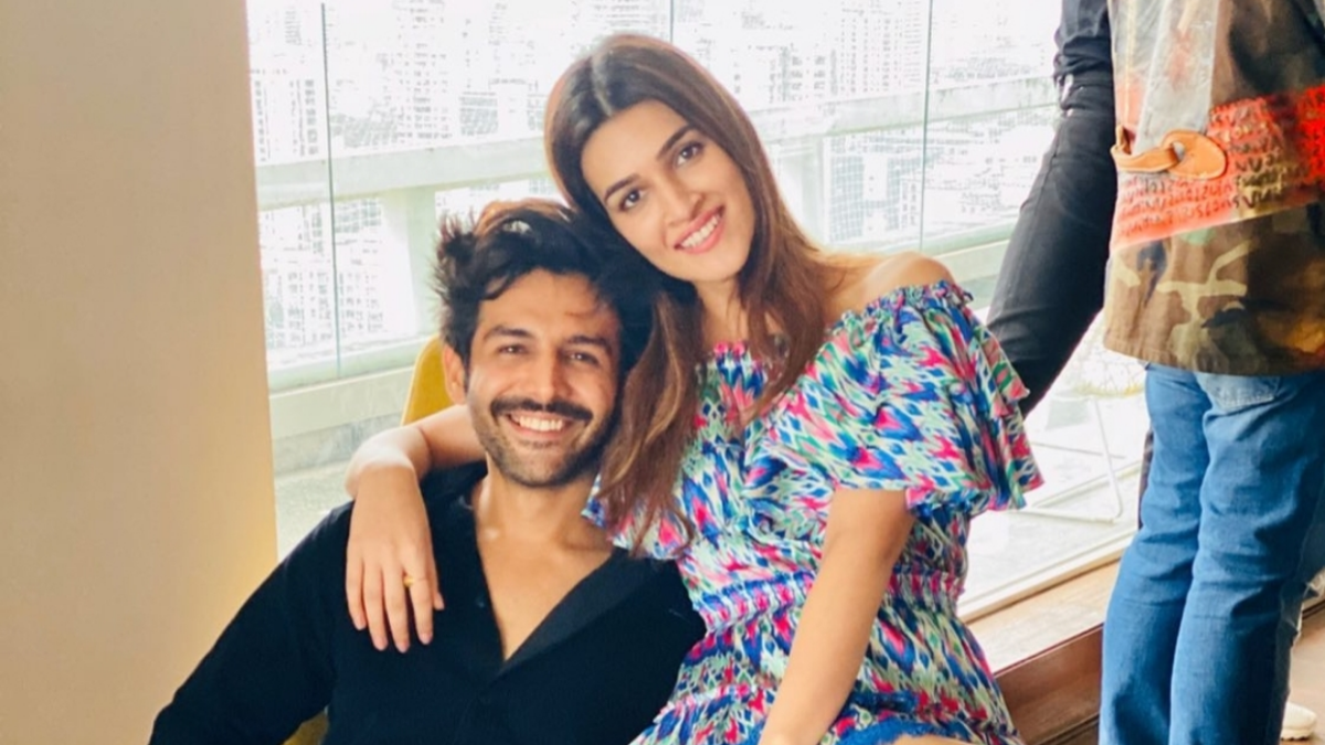 Kartik Aaryan and Kriti Sanon announce their next film