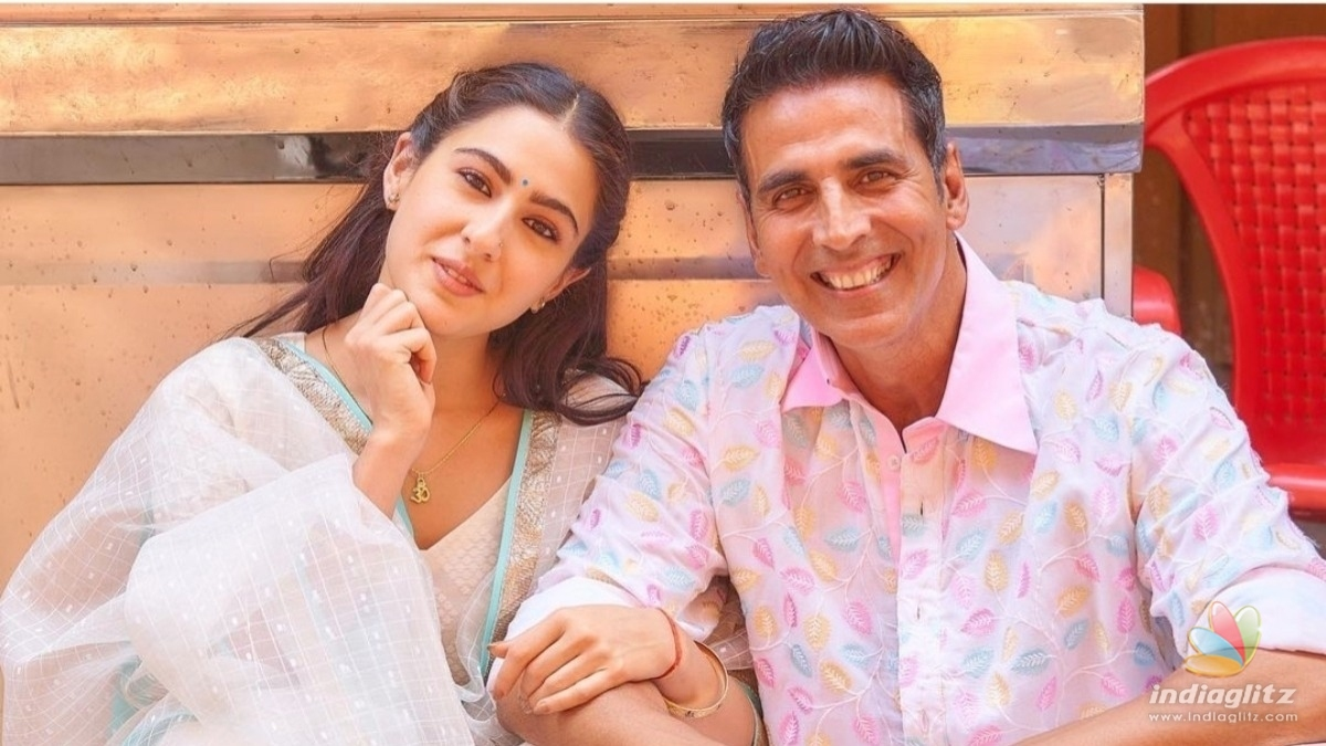 Akshay Kumar becomes a cameraman for Sara Ali Khan