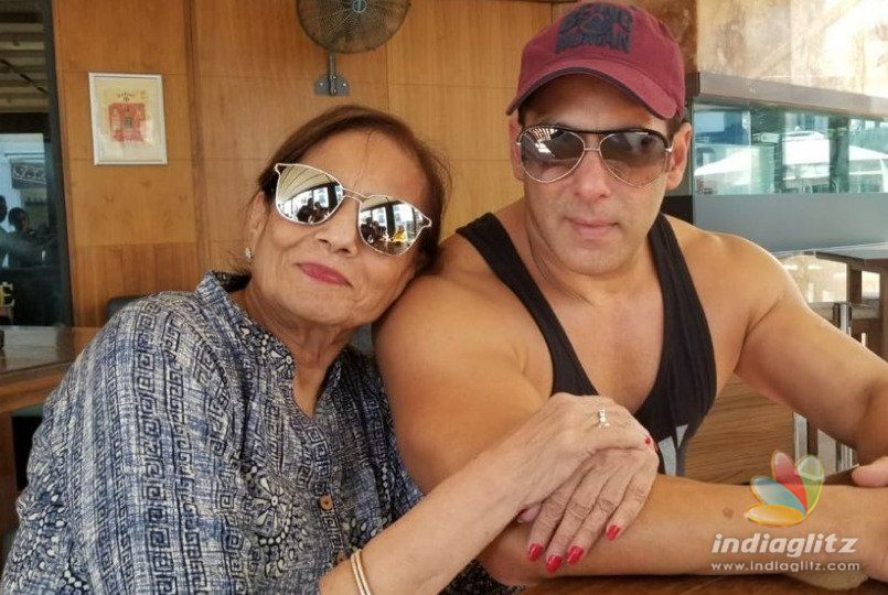 Salman Khan Recreates a Karan Arjun Moment With The Love Of His Life On The Sets Of 'Bharat'!