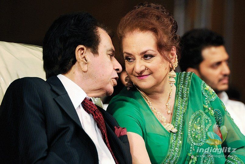 Tragedy King Dilip Kumar Diagnosed With Pneumonia!