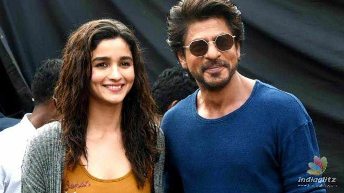 Shahrukh Khan might pair up with Alia Bhatt in this ambitious project