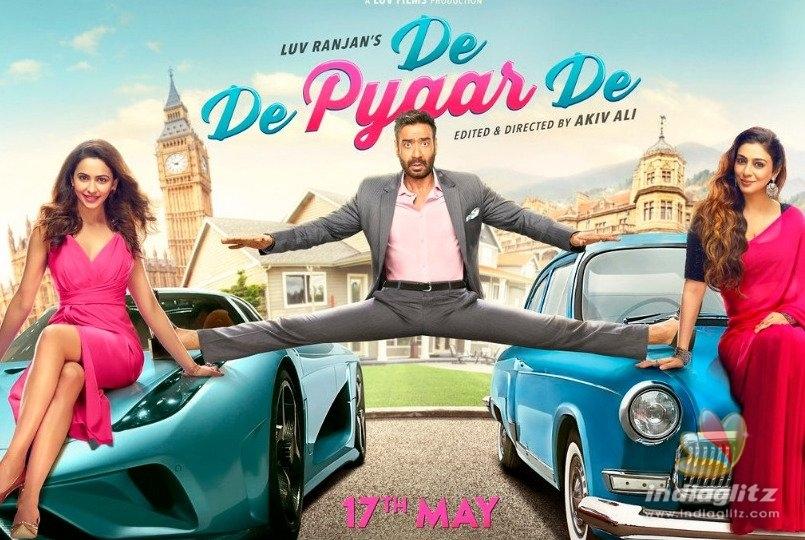 Ajay Devgn, Tabu & Rakul Preet Starrer 'De De Pyaar De' First Look Out!