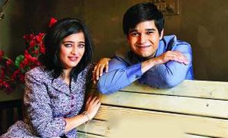 Vivaan Shah & Akshara Haasan look compatible in 'Lali Ki Shaadi Mein Laddoo Deewana'