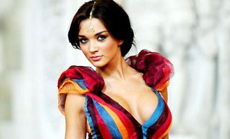 Amy Jackson to make American debut with 'Supergirl'