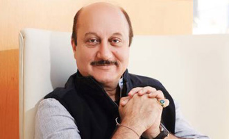 Kher a good actor but some comments political, says Congress