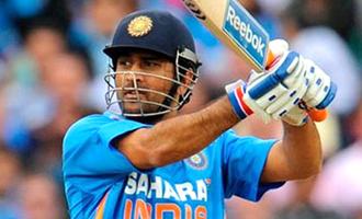 A true legend: B-Town stars congratulate M.S. Dhoni