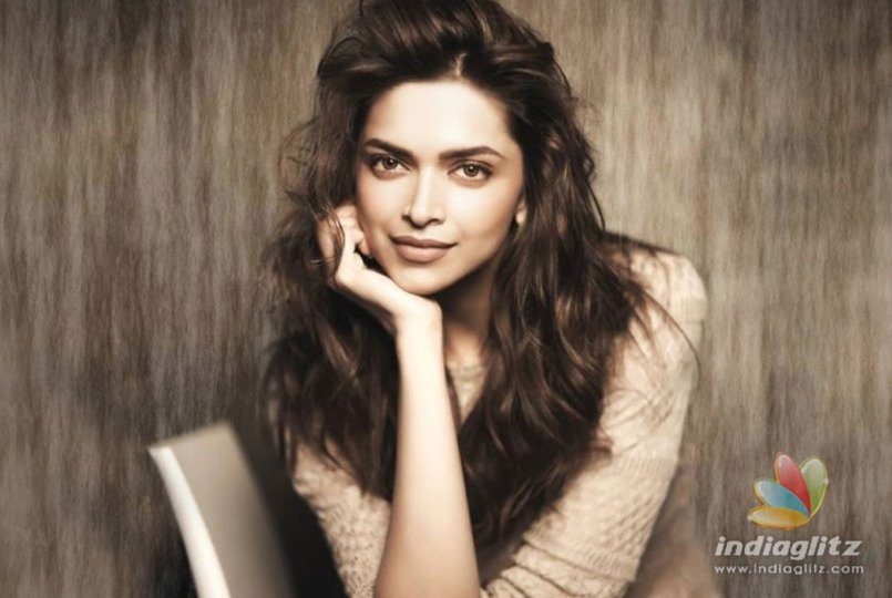 Deepika Padukone's Holi Plans Revealed!
