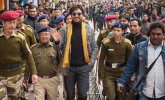 OMG Irrfan Khan gets mobbed in Gangtok!