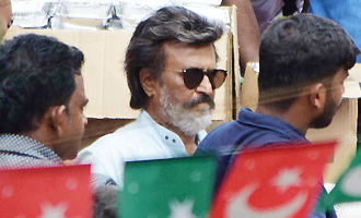 Rajinikanth Shoots for 'Kaala' at Wadala