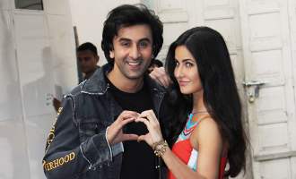 Katrina & Ranbir Spotted at Mehboob Studio
