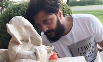 Riteish makes eco-friendly Ganesha idol, dedicates to farmers