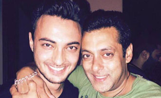 Salman wishes luck to brother-in-law Aayush for film debut