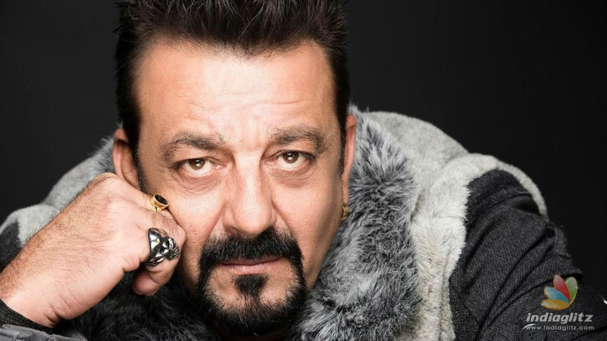 This throwback post of Sanjay Dutt is perfect tribute to Indian soldiers.