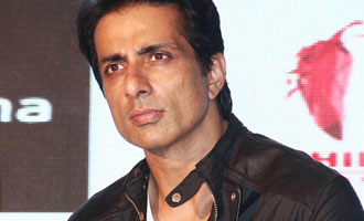 Miss you everyday: Sonu Sood pays tribute to mother