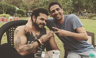 Gulshan Devaiah and Sreesanth bond on sets of 'Cabaret'