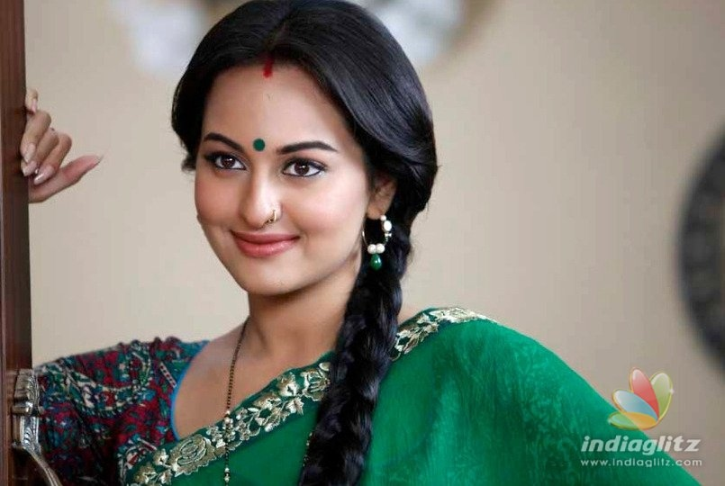Sonakshi Sinha's First Look From 'Dabangg 3' Out!