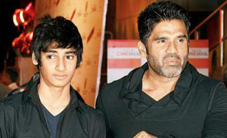 Sunil Shetty to revive his production banner by launching his son