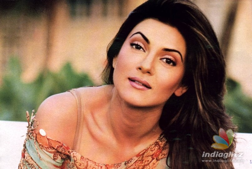 Watch Sushmita Sen Sharing A 'Rohman'tic Moment With Her Beau!