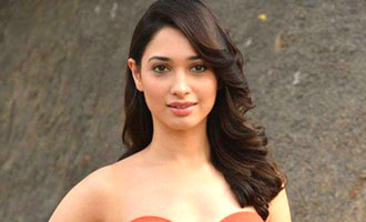 Hrithik is demigod when it comes to dance: Tamannaah