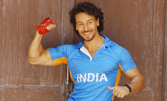 Tiger Shroff at 'Munna Michael' Ad Shoot