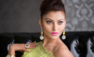Urvashi Rautela to open jewellery exhibition