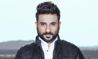 Vir Das to be FIRST Comedian to cheer up Broadway!
