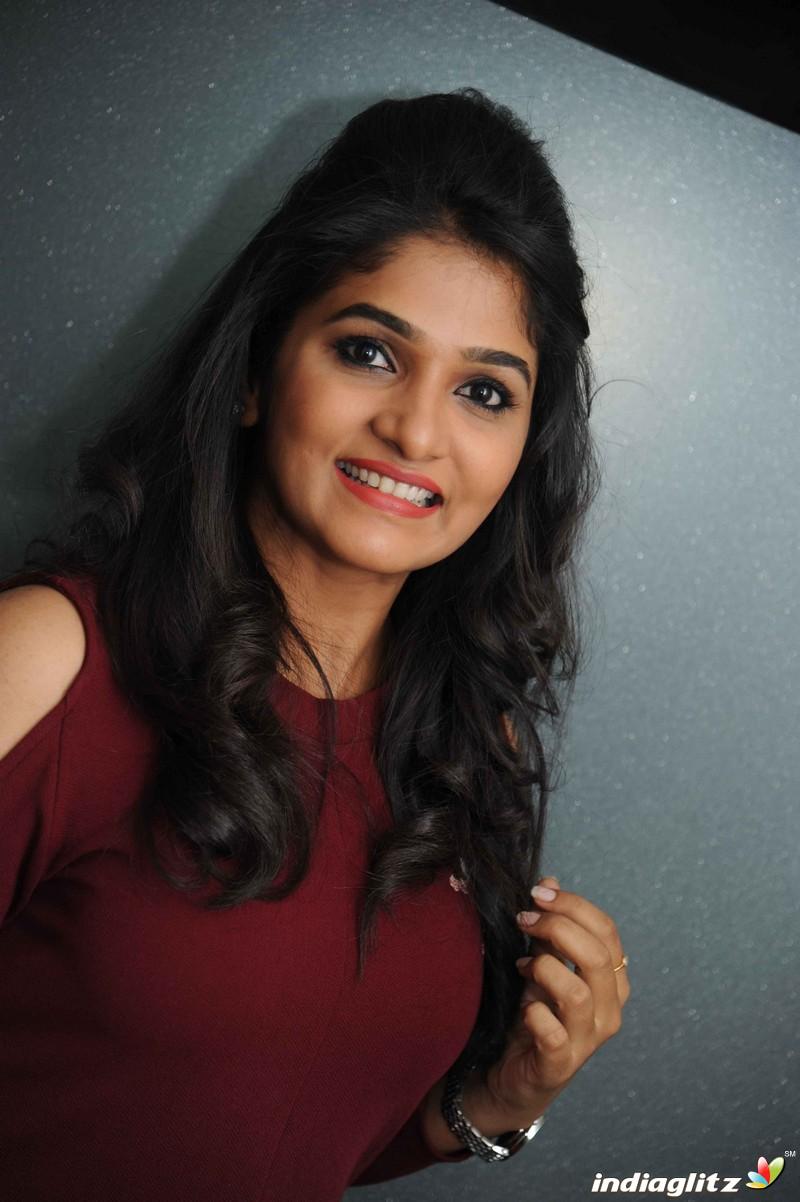 'Dwaja' Film Press Meet