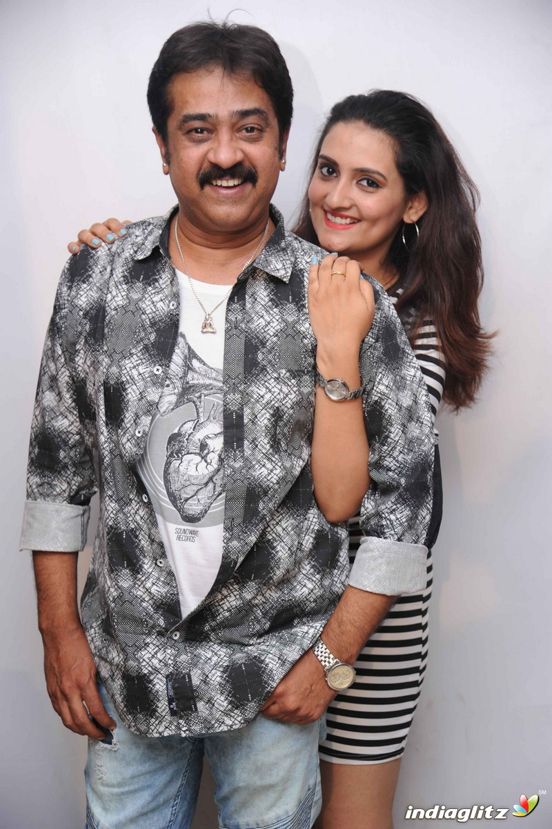 'Hello Mama' Film Press Meet