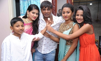 Try These Vijay Son Latest Pic {Mahindra Racing}