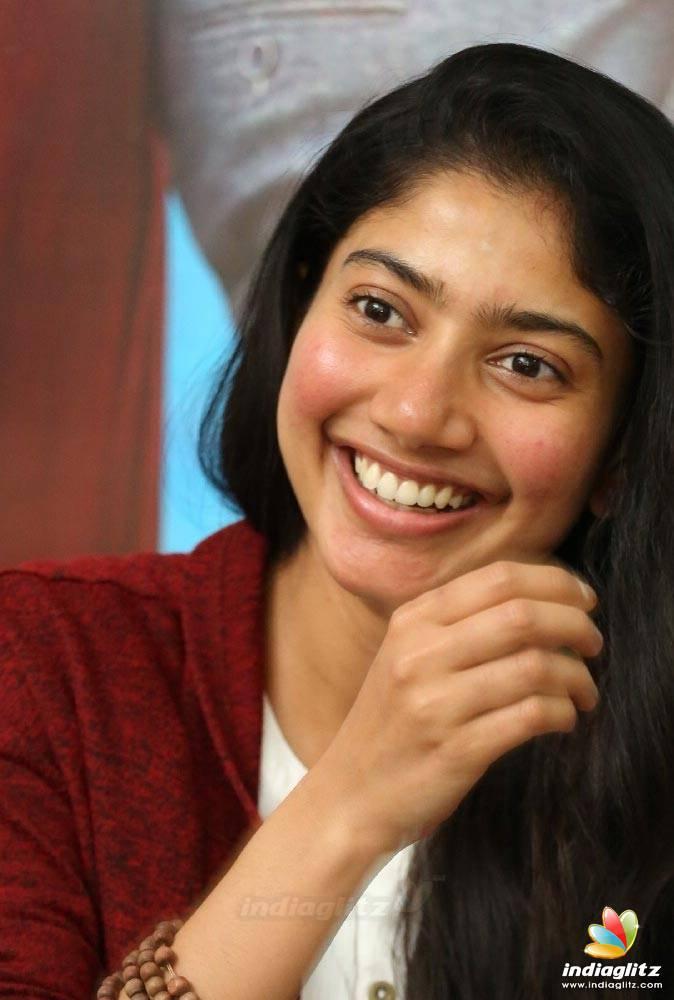 Sai Pallavi Photos Tamil Actress Photos Images Gallery Stills