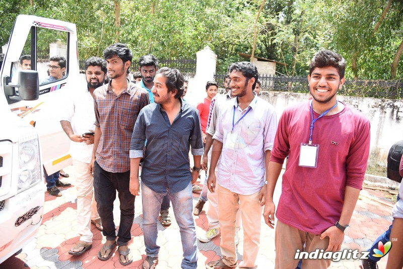 Aanandam movie crew at trivandrum