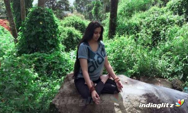 Samyuktha Varma Yoga Practicing