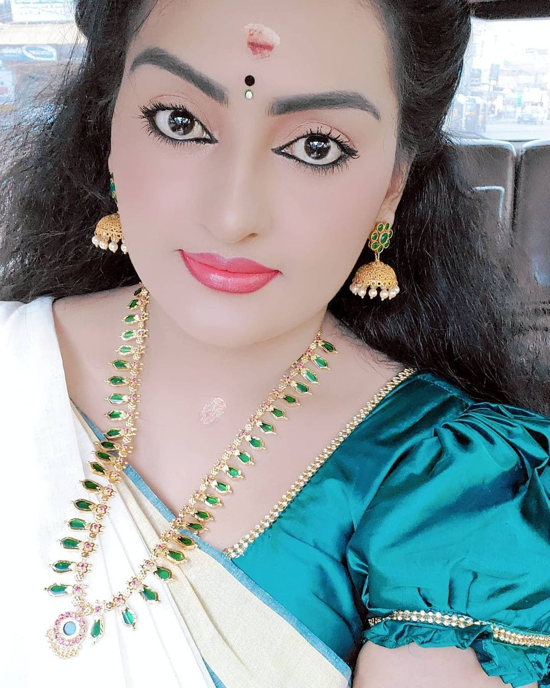 Suchitra serial actress