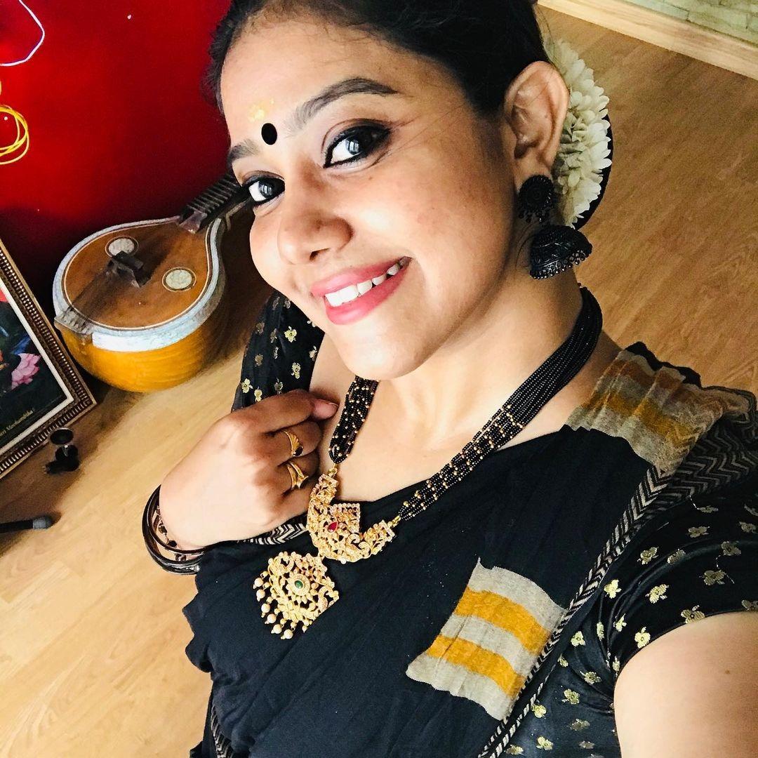Rachana Narayanankutty dance