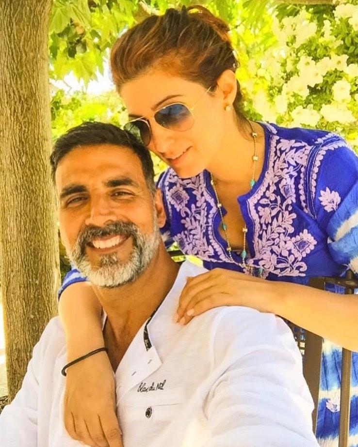 Akshaykumar wife girlfriend