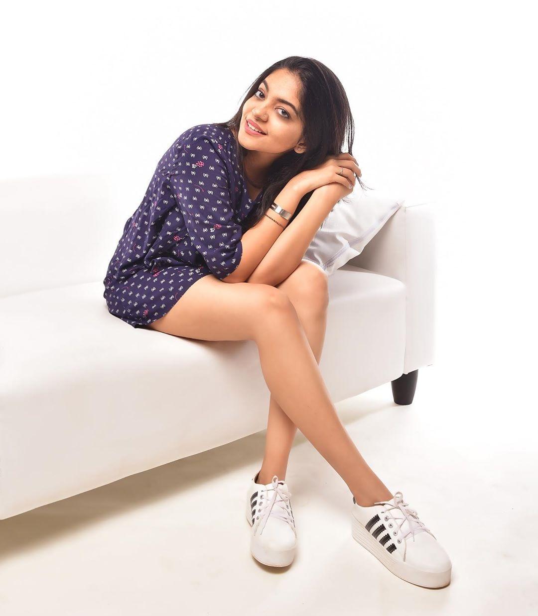 Ahaana krishna legs