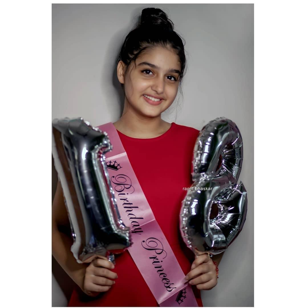 anashwara rajan birthday pics