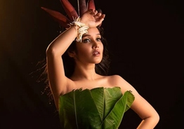 Photoshoot of Anikha Surendran dressed in banana leaves goes VIRAL
